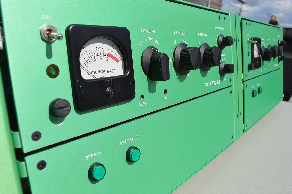 单声道限制器