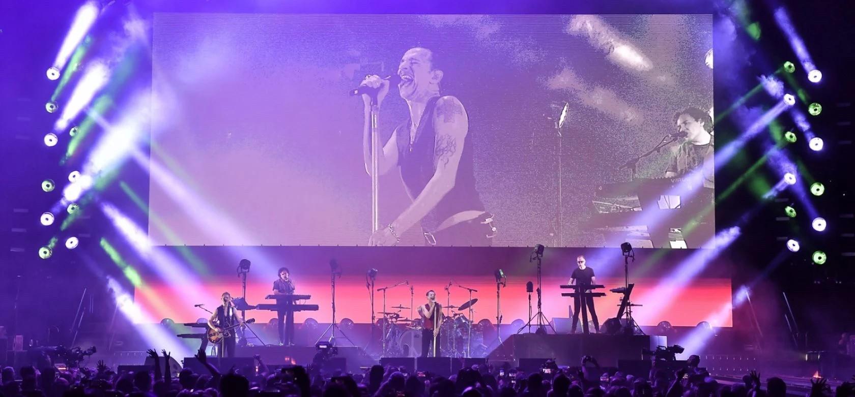 WA76 用于 Depeche Mode Tour 2017-2018